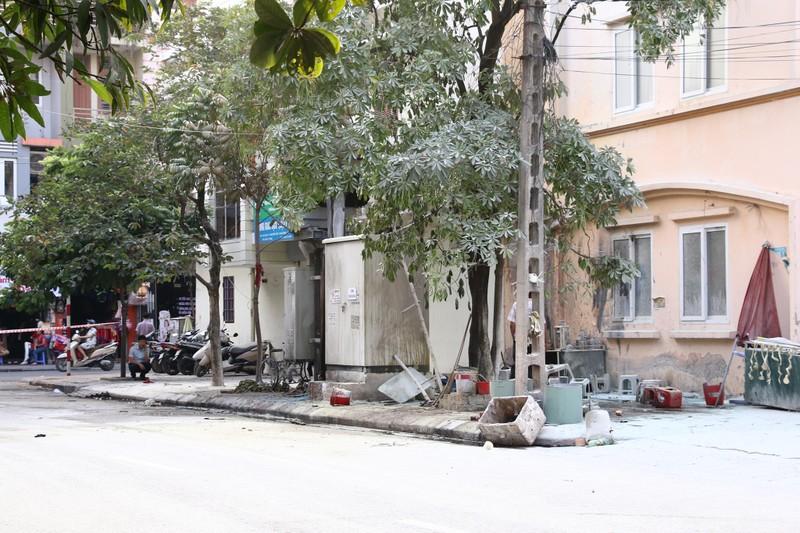 Bốt điện phát nổ, 5 người bị thương nặng - ảnh 3