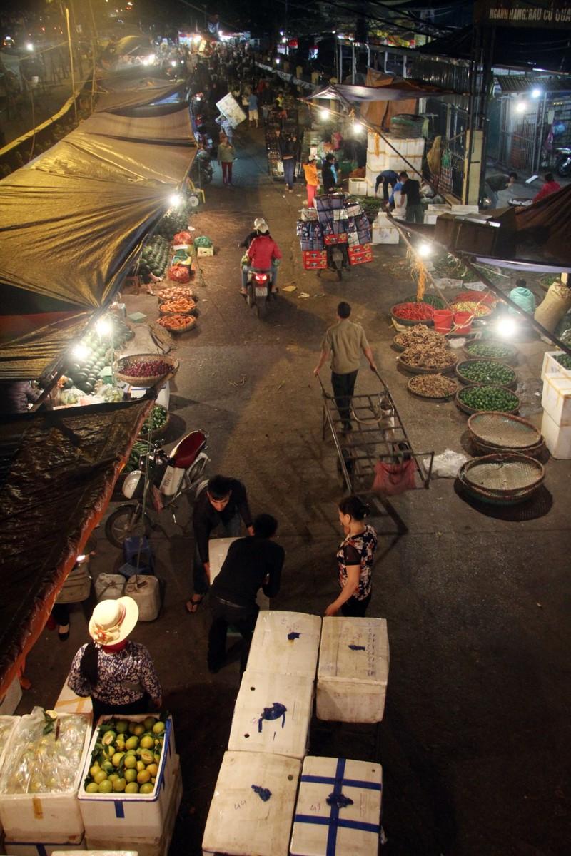 Hà Nội: Những phận đời trong đêm lạnh giá - ảnh 15