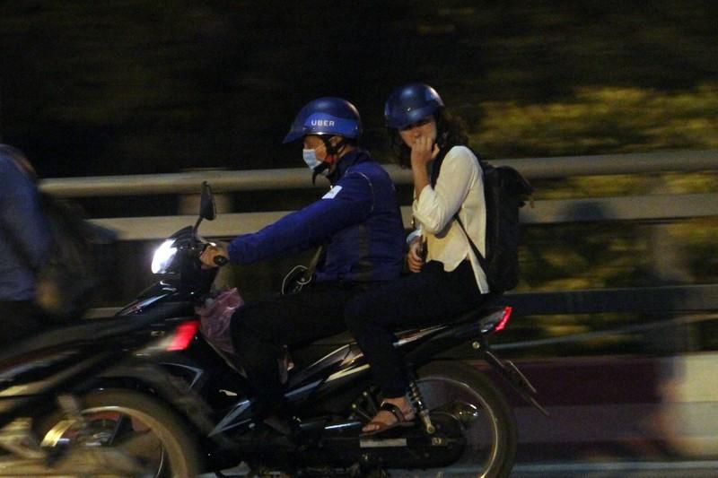 Hà Nội: Những phận đời trong đêm lạnh giá - ảnh 2
