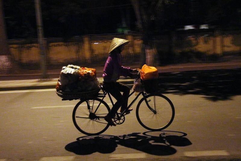 Hà Nội: Những phận đời trong đêm lạnh giá - ảnh 5