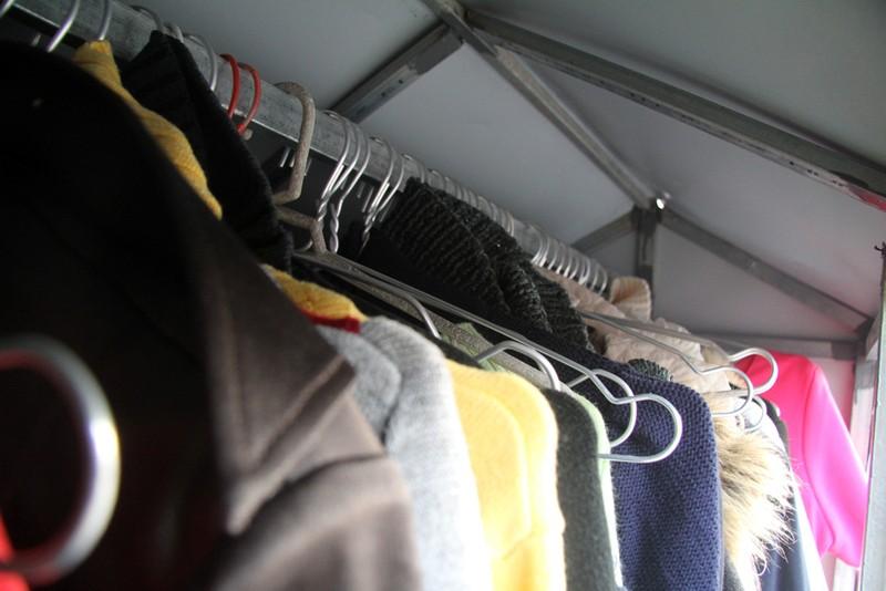 Hà Nội: Xuất hiện tủ quần áo miễn phí cho người nghèo - ảnh 4