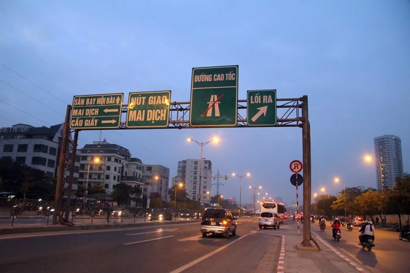 Hà Nội không tắc đường sau kỳ nghỉ tết Dương lịch - ảnh 10