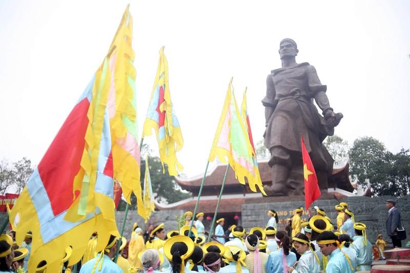 Hàng ngàn người dân dự lễ hội Gò Đống Đa - ảnh 8