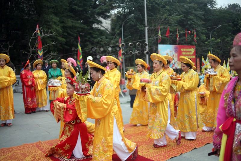 Hàng ngàn người dân dự lễ hội Gò Đống Đa - ảnh 9
