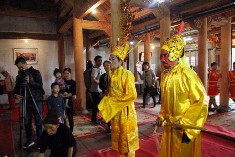 Độc đáo lễ hội rước vua, chúa ở đền Sái - ảnh 3