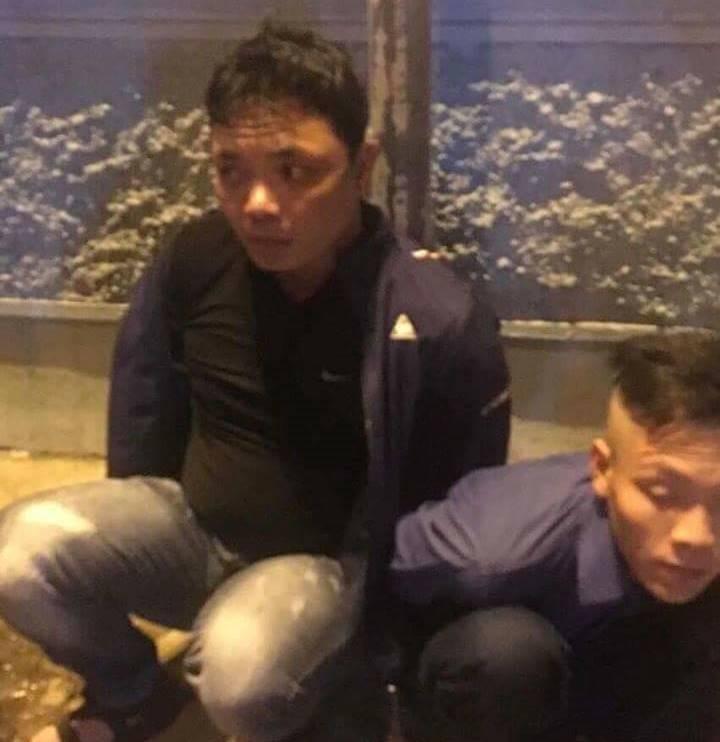 Mua ma túy về xài, 3 thanh niên bị bắt - ảnh 1