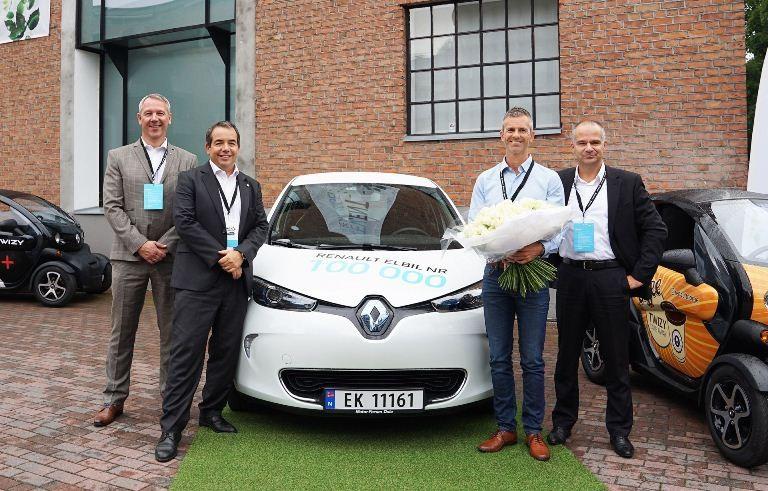 Renault bàn giao chiếc xe điện thứ 100.000 - ảnh 1