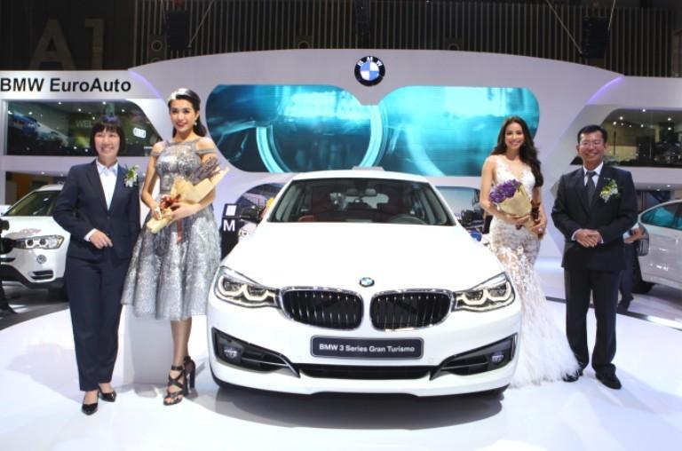 BMW đúng là siêu xe, công nghệ và người đẹp  - ảnh 1