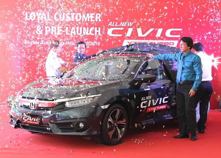 Honda Cộng Hòa tri ân khách hàng và ra mắt Civic 2017 - ảnh 4