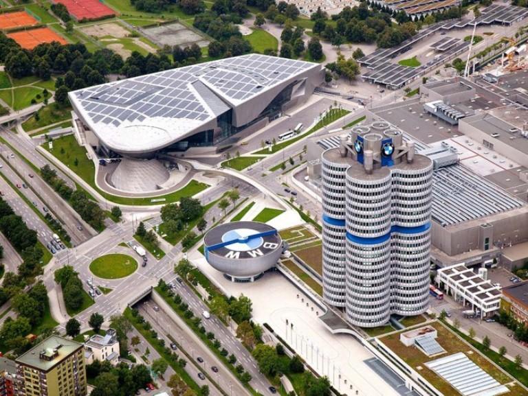 Mua xe BMW, đi Đức khám phá vùng đất khai sinh BMW - ảnh 1