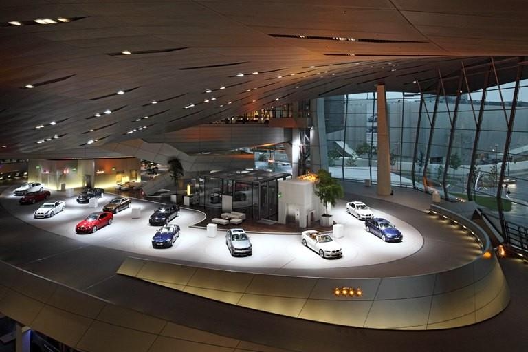 Mua xe BMW, đi Đức khám phá vùng đất khai sinh BMW - ảnh 2
