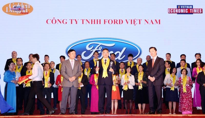 Ford Việt Nam nhận giải thưởng Rồng Vàng 2017 - ảnh 2