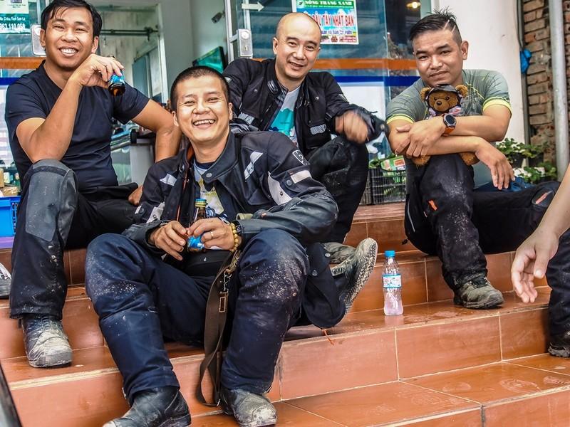 """40 Biker Việt chinh phục """"đỉnh Everest"""" bằng mô tô - ảnh 6"""