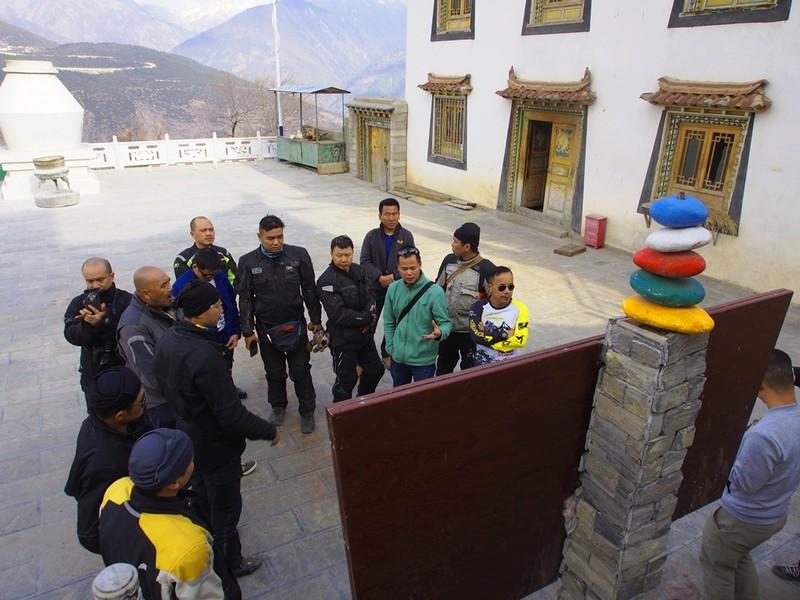 """40 Biker Việt chinh phục """"đỉnh Everest"""" bằng mô tô - ảnh 9"""