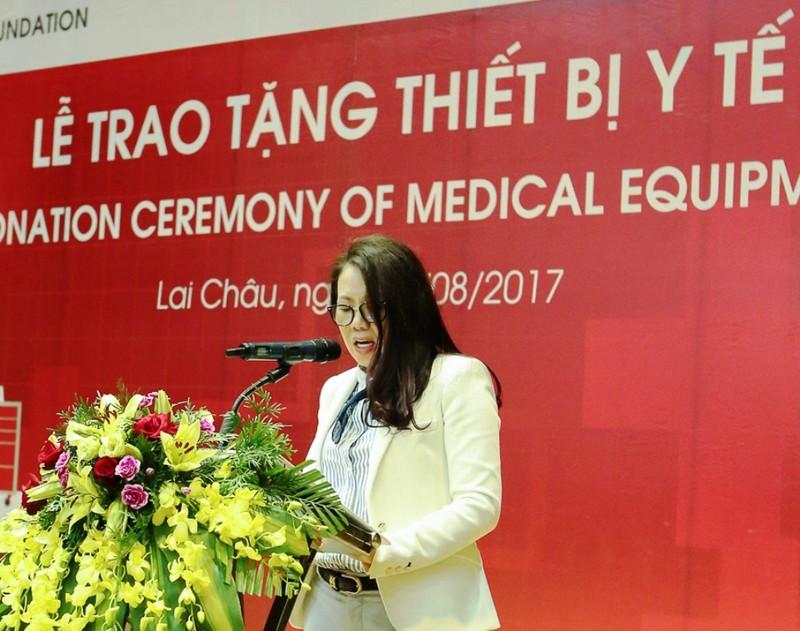 Quỹ Toyota Việt Nam tặng xe cấp cứu cho Lai Châu - ảnh 3
