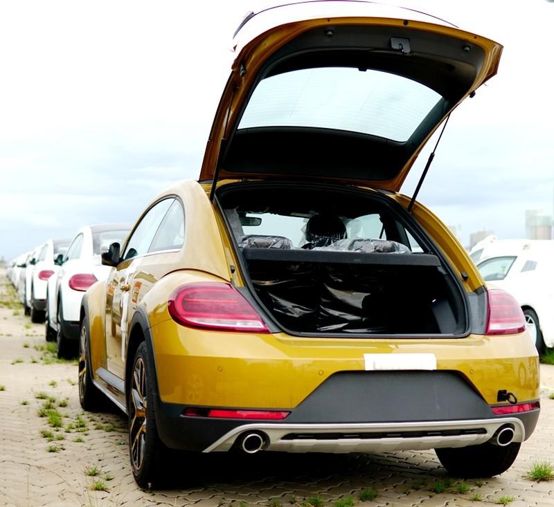 """""""Con bọ"""" Volkswagen Beetle Dune đã về cảng Hiệp Phước - ảnh 11"""