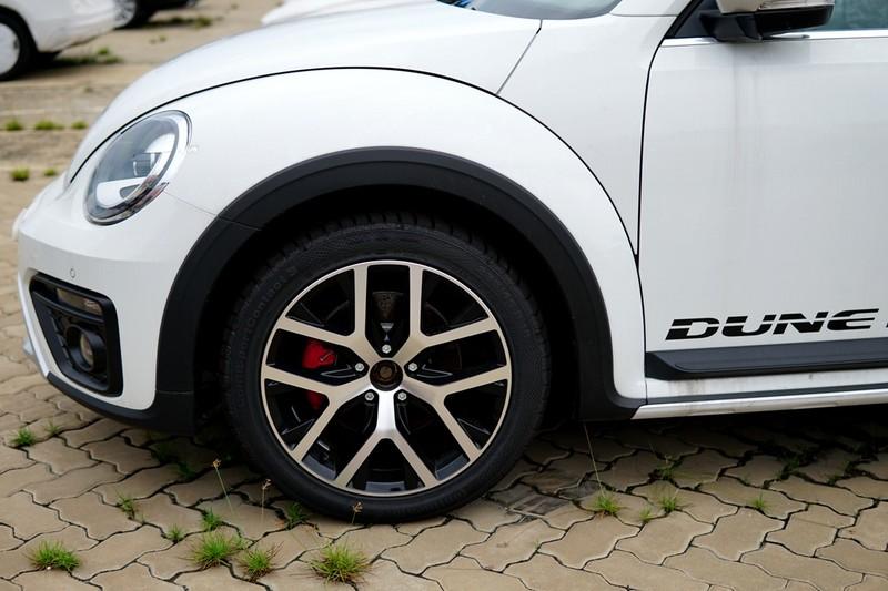 """""""Con bọ"""" Volkswagen Beetle Dune đã về cảng Hiệp Phước - ảnh 4"""