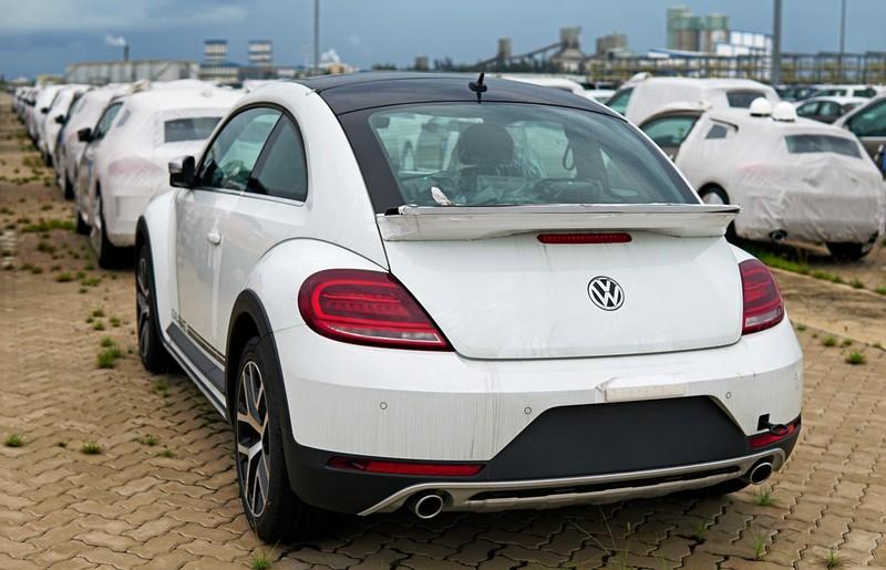 """""""Con bọ"""" Volkswagen Beetle Dune đã về cảng Hiệp Phước - ảnh 5"""