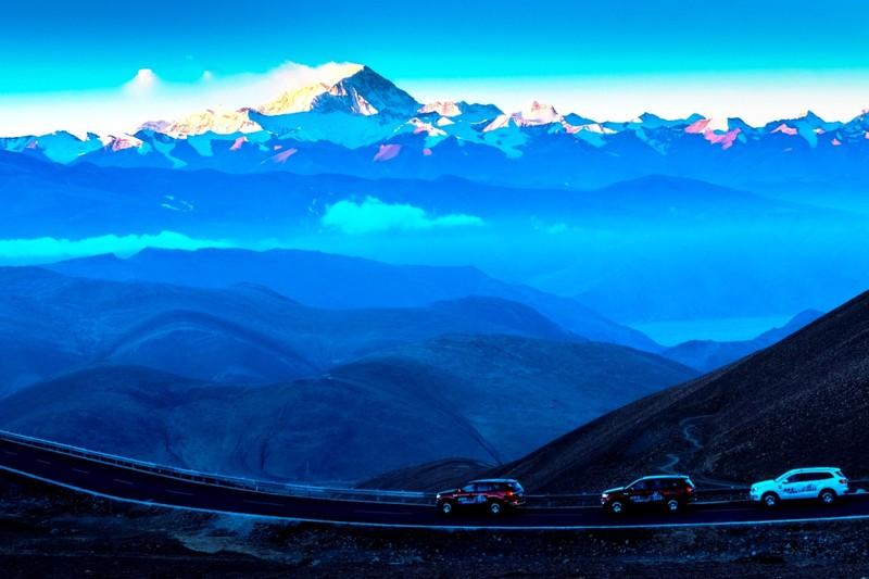 Ford Everest chinh phục thành công đỉnh Everest - ảnh 3