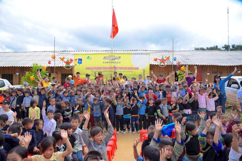 GM Việt Nam hỗ trợ thiếu nhi Mù Cang Chải - ảnh 6