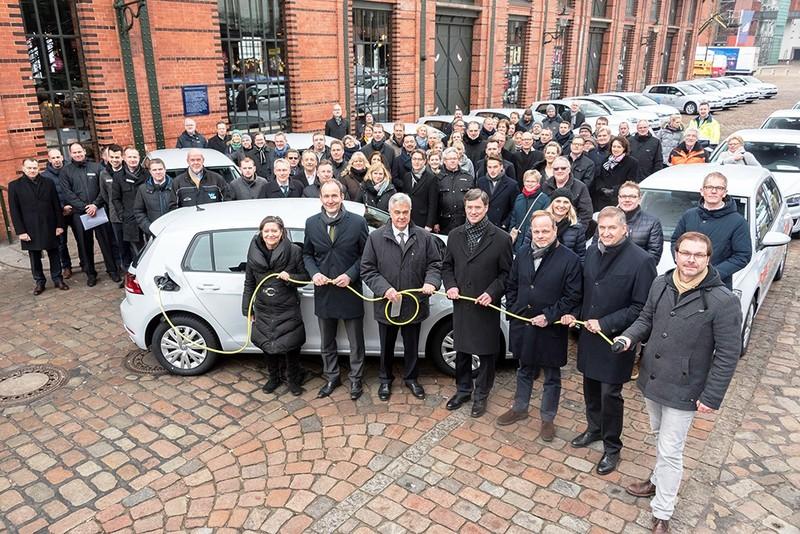 Tập đoàn Volkswagen: ưu tiên phát triển xe điện - ảnh 1