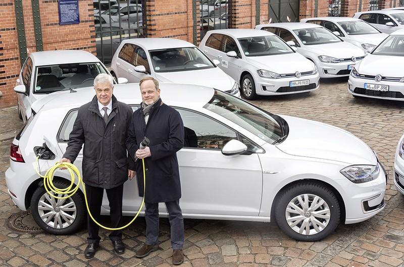 Tập đoàn Volkswagen: ưu tiên phát triển xe điện - ảnh 2