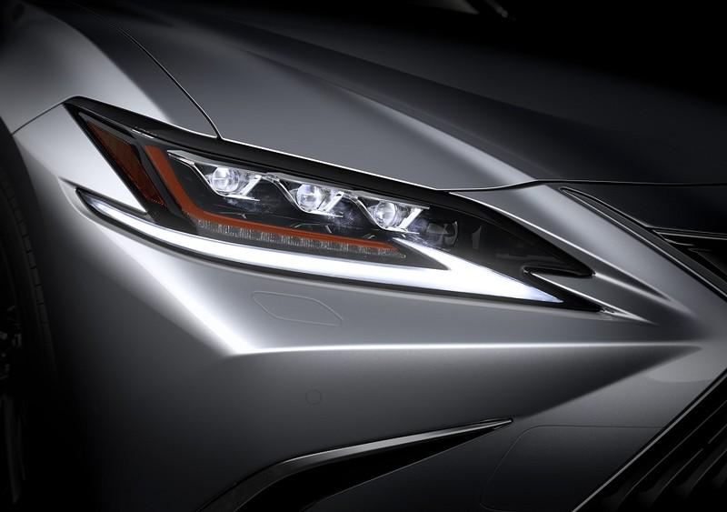 Ra mắt Lexus ES thế hệ mới – Kiến trúc toàn cầu - ảnh 4