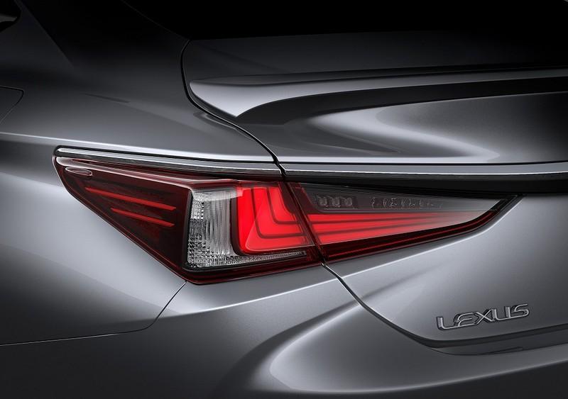 Ra mắt Lexus ES thế hệ mới – Kiến trúc toàn cầu - ảnh 5