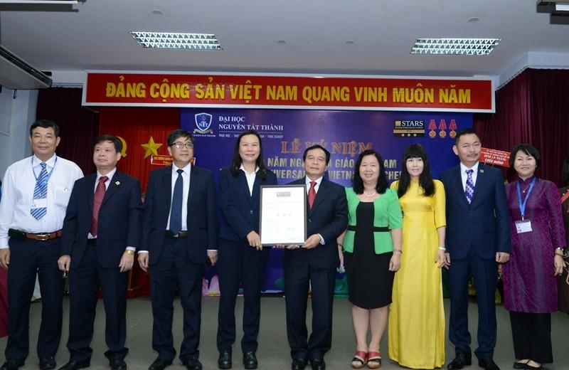 Trường ĐH Nguyễn Tất Thành đạt chuẩn 3 sao - ảnh 1