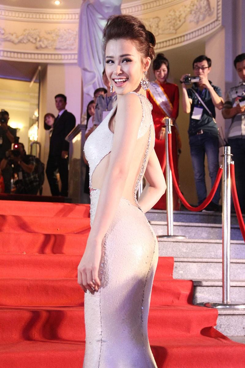 Showbiz Việt đổ xô đến Mai Vàng - ảnh 2