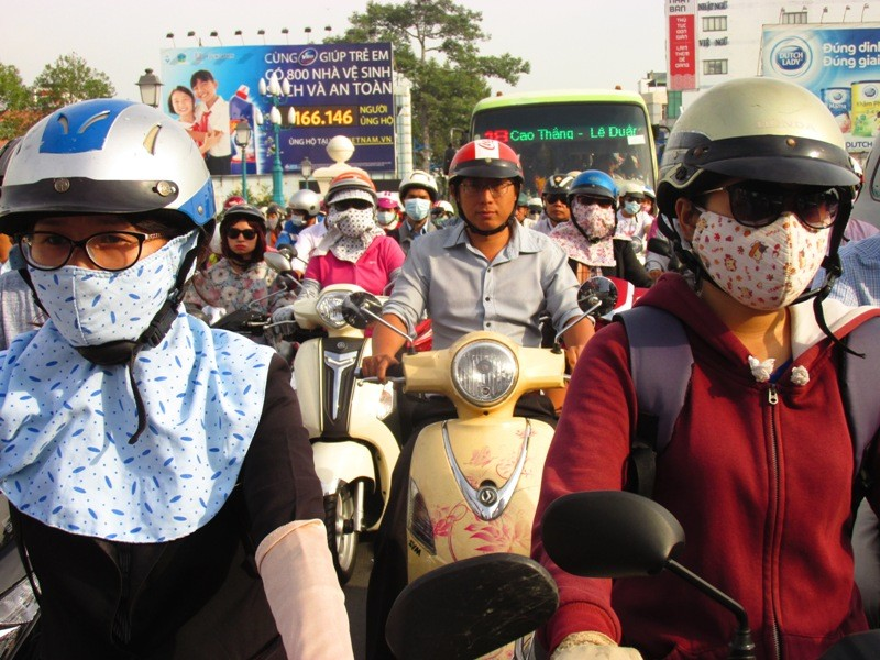 Người Sài Gòn mệt mỏi với 'điệp khúc' kẹt xe hằng ngày - ảnh 3