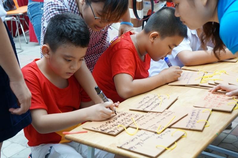 Ấm tình thương trong Ngày Hội của trẻ tự kỷ ở TP.HCM - ảnh 9