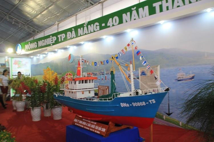 Triển lãm 40 năm thành tựu và phát triển TP Đà Nẵng - ảnh 2