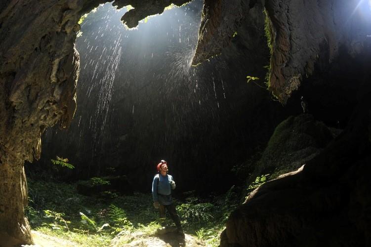 """Vì sao Quảng Bình có nhiều hang động """"đẹp không thể tả xiết""""?   - ảnh 5"""