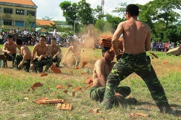 Chùm ảnh biểu diễn võ thuật đầy uy dũng của Bộ đội biên phòng - ảnh 5