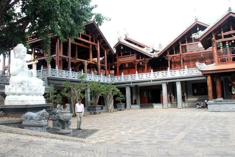 Thăm chùa do Thân Mẫu vua Bảo Đại khởi dựng - ảnh 2