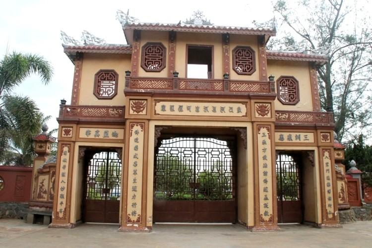 Thăm chùa do Thân Mẫu vua Bảo Đại khởi dựng - ảnh 4