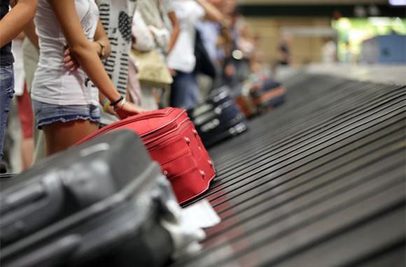 Mất hành lý ở sân bay: 'Ai trồng khoai đất này?' - ảnh 7