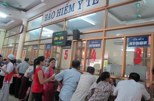 Không bắt buộc người dân xuất trình giấy tờ khi mua thẻ BHYT - ảnh 1