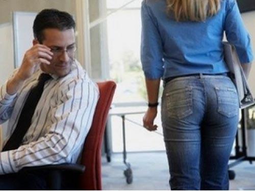 Điểm mặt chiêu trò quấy rối tình dục nơi công sở (P1) - ảnh 3
