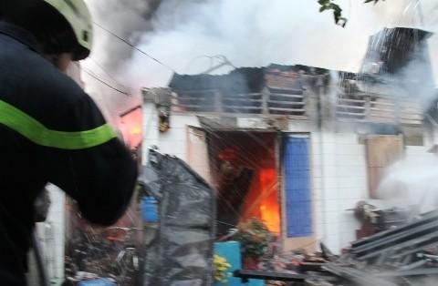 Cháy nhà, mất mạng nào ai có ngờ - ảnh 4