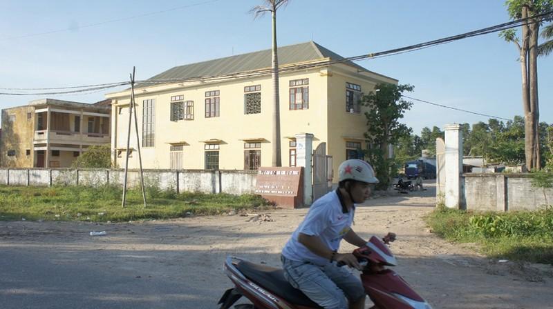 Mất chức phó bí thư phường vì cho thuê trường học để…chi tiêu - ảnh 1