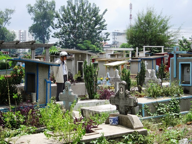 Dự án di dời nghĩa trang Bình Hưng Hòa vẫn đang tìm nhà đầu tư - ảnh 1