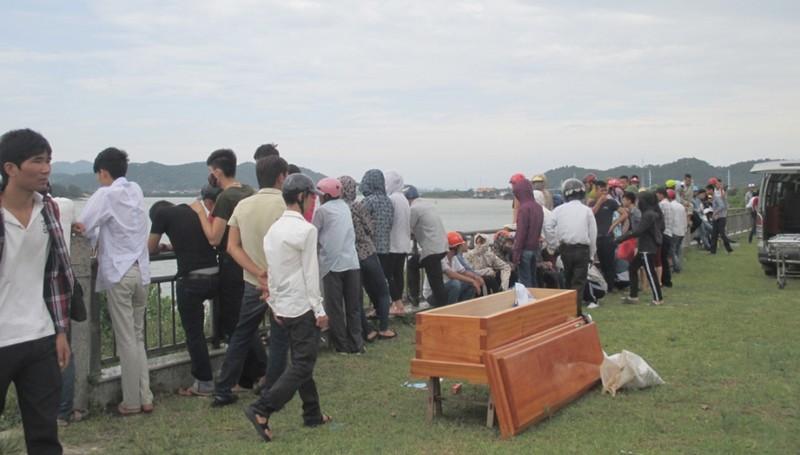 Hai nữ sinh chết trên sông Lam: Tự tử vì bị ép học ngành y? - ảnh 2