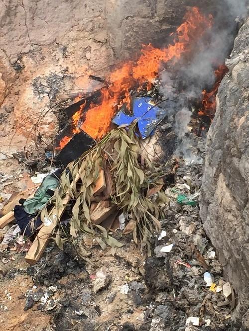Bắt quả tang cơ sở giết mổ heo bệnh ở Đồng Nai - ảnh 2
