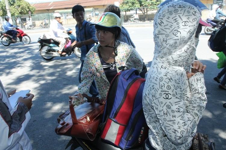 Sĩ tử khăn gói lên Hà Nội dự thi tốt nghiệp - ảnh 2