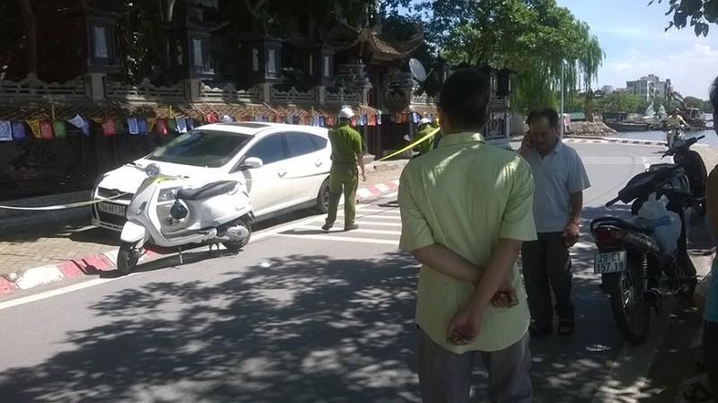 Một người đàn ông gục chết bất thường trên xe ô tô - ảnh 1