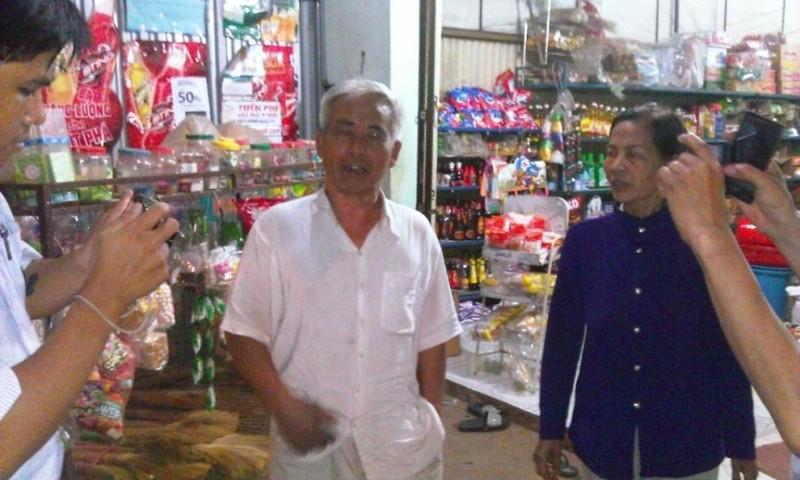Thảm sát Bình Phước: người dân trắng đêm theo dõi thông tin - ảnh 1
