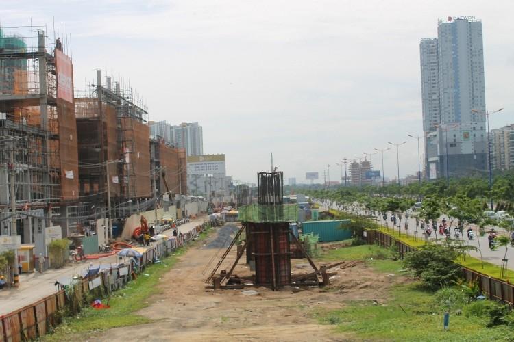 Đường sắt đô thị hiện đại nhất TP.HCM đang dần thành hình - ảnh 9