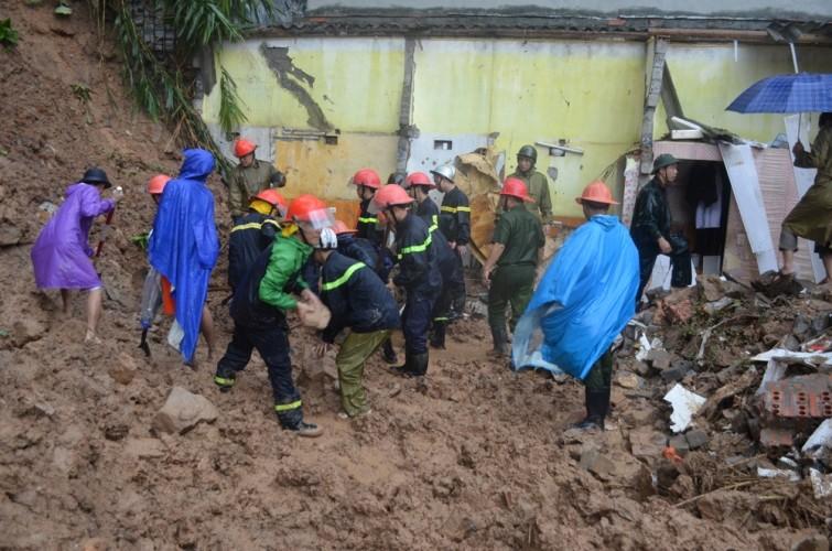 Vỡ tuyến ống chính cấp nước sạch cho Hạ Long và Cẩm Phả - ảnh 4